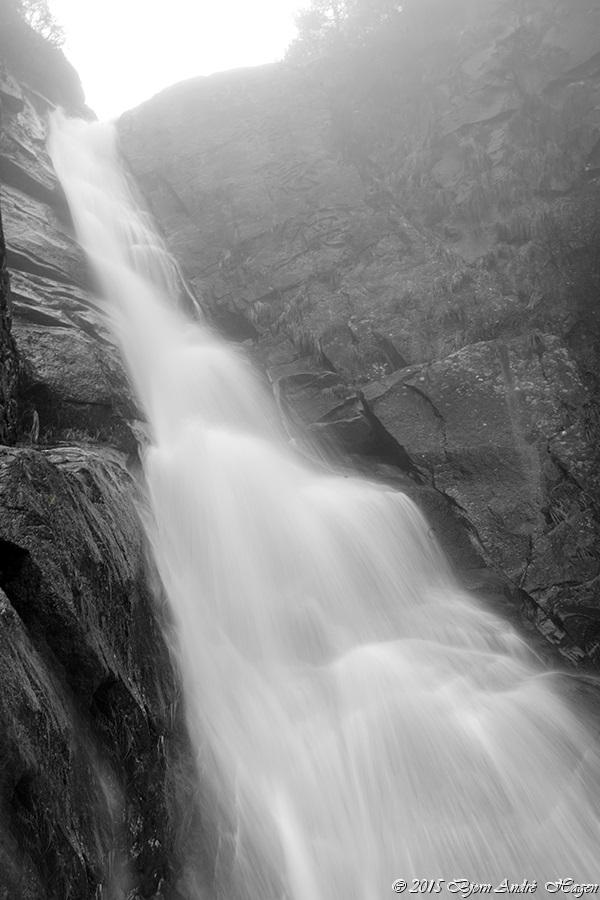 BW Waterfall