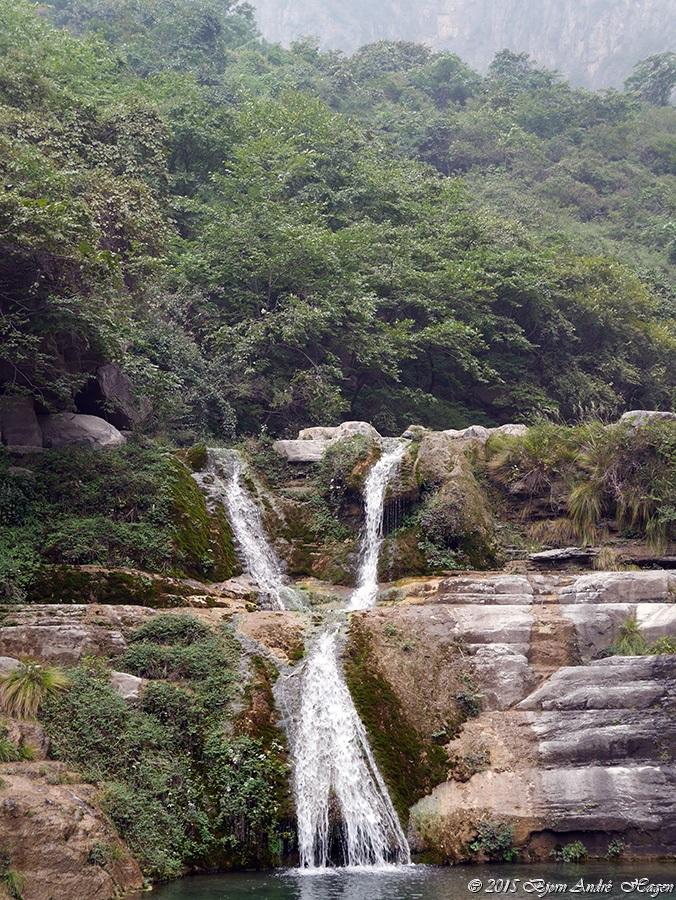 Y waterfall