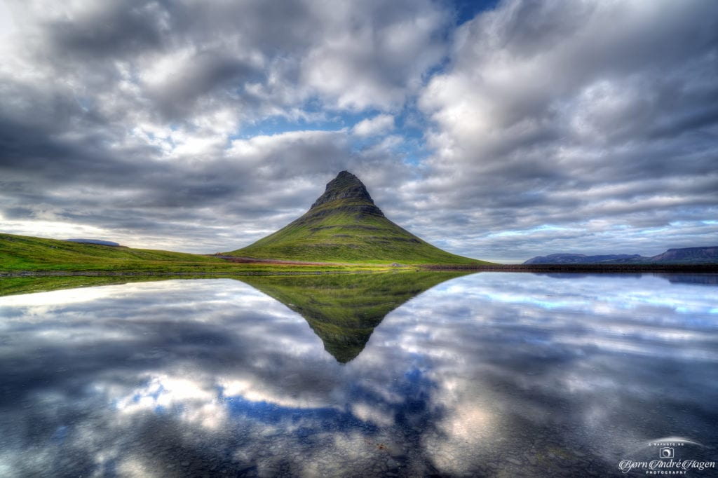 Kirkjufell mirror