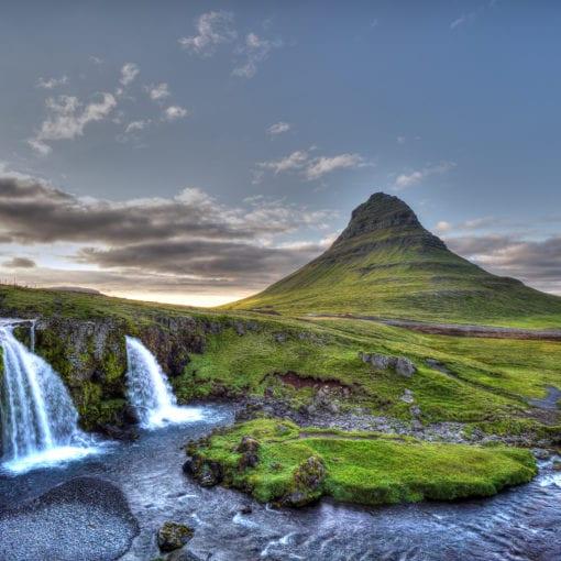 Kirkjufell waterfall