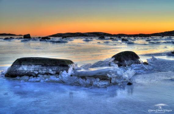 Nevlunghavn Ice art in sunset