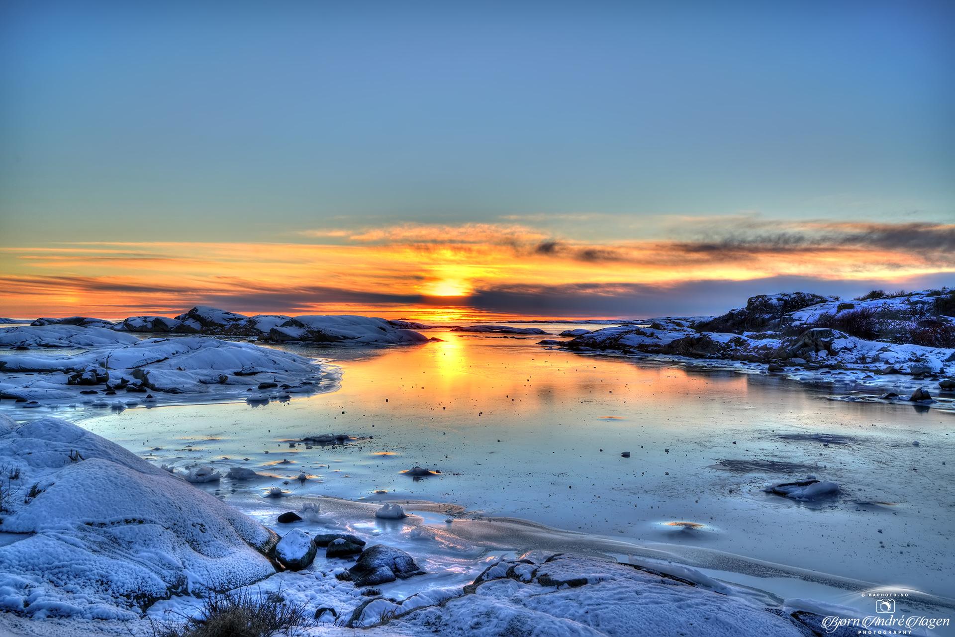 Sunset over Rakke 2