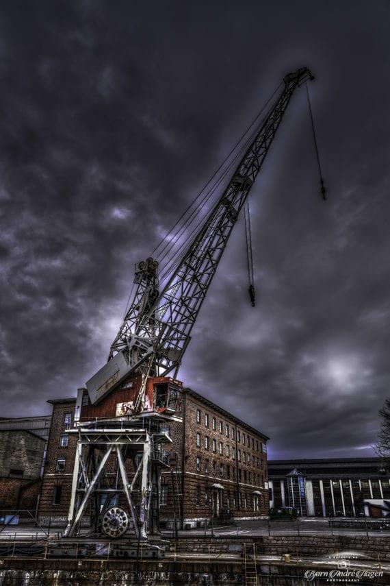 Crane Dark