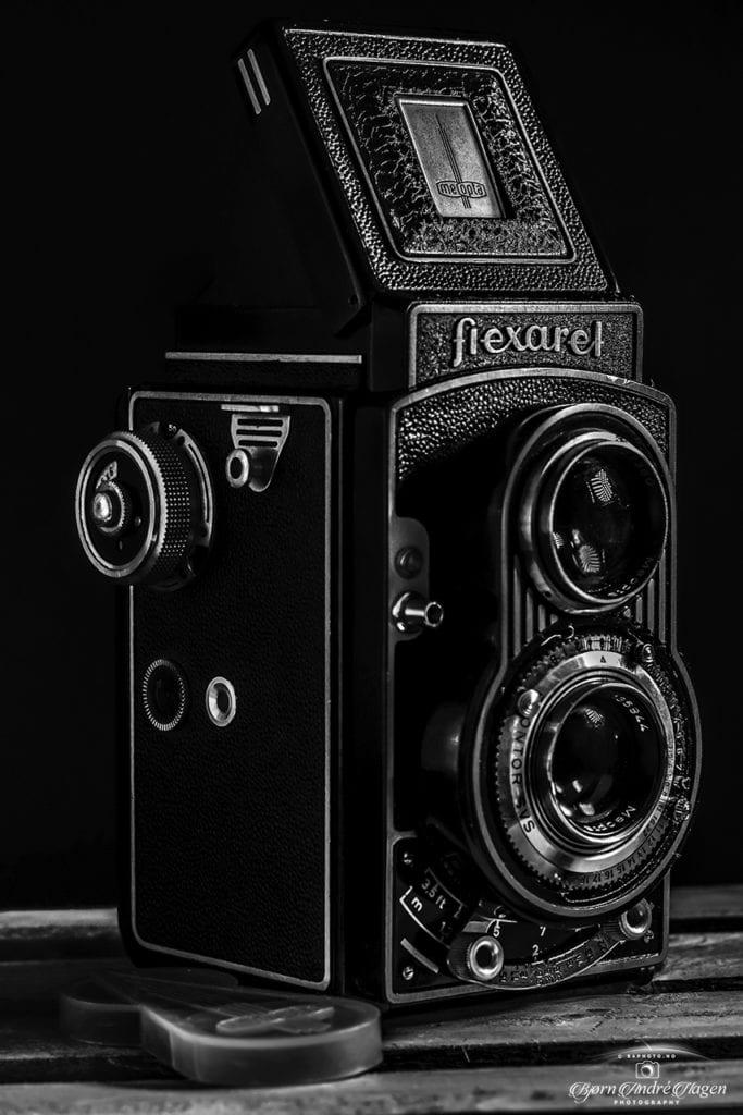 Flexaret old camera bw